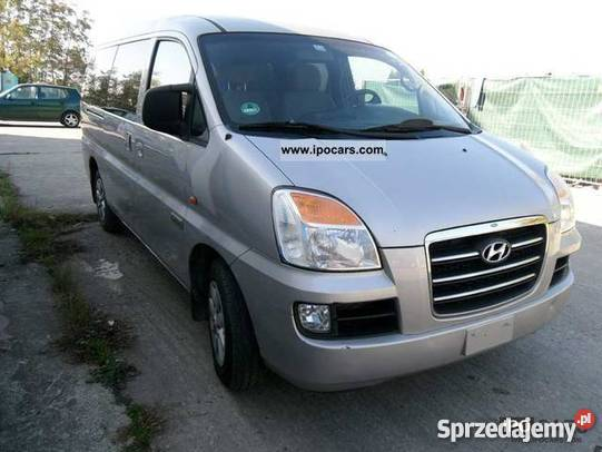 Hyundai H-1 2.5 2006 photo - 8