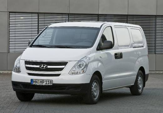 Hyundai H-1 2.5 2009 photo - 12