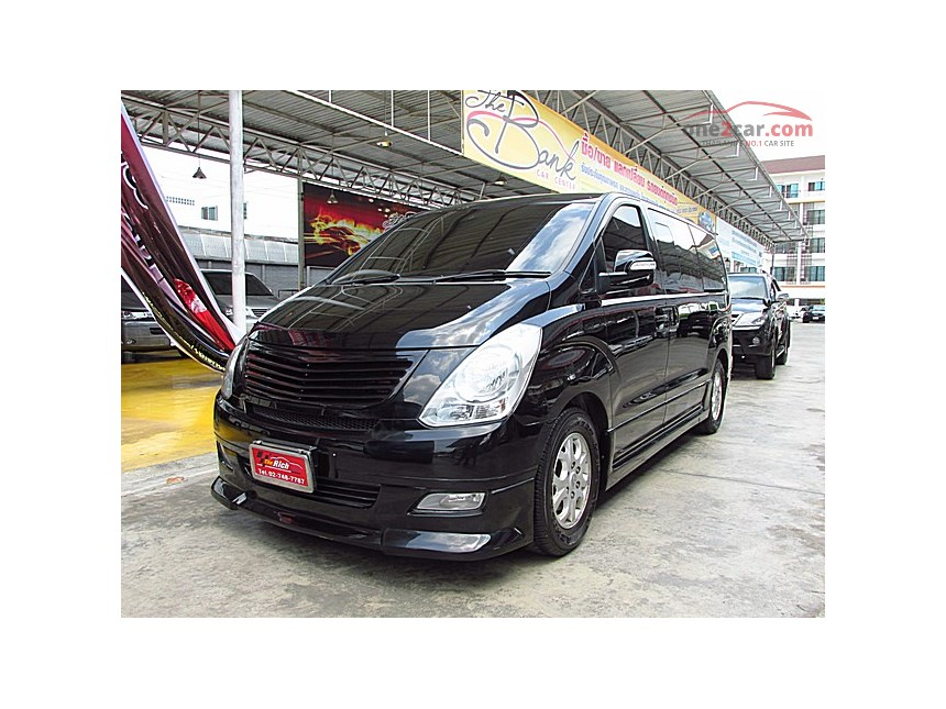 Hyundai H-1 2.5 2009 photo - 8