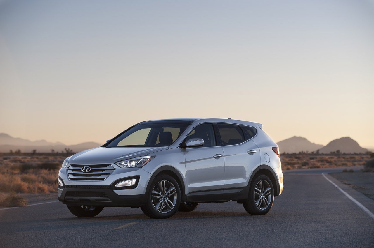 Hyundai Santa Fe 2.0 2013 photo - 1