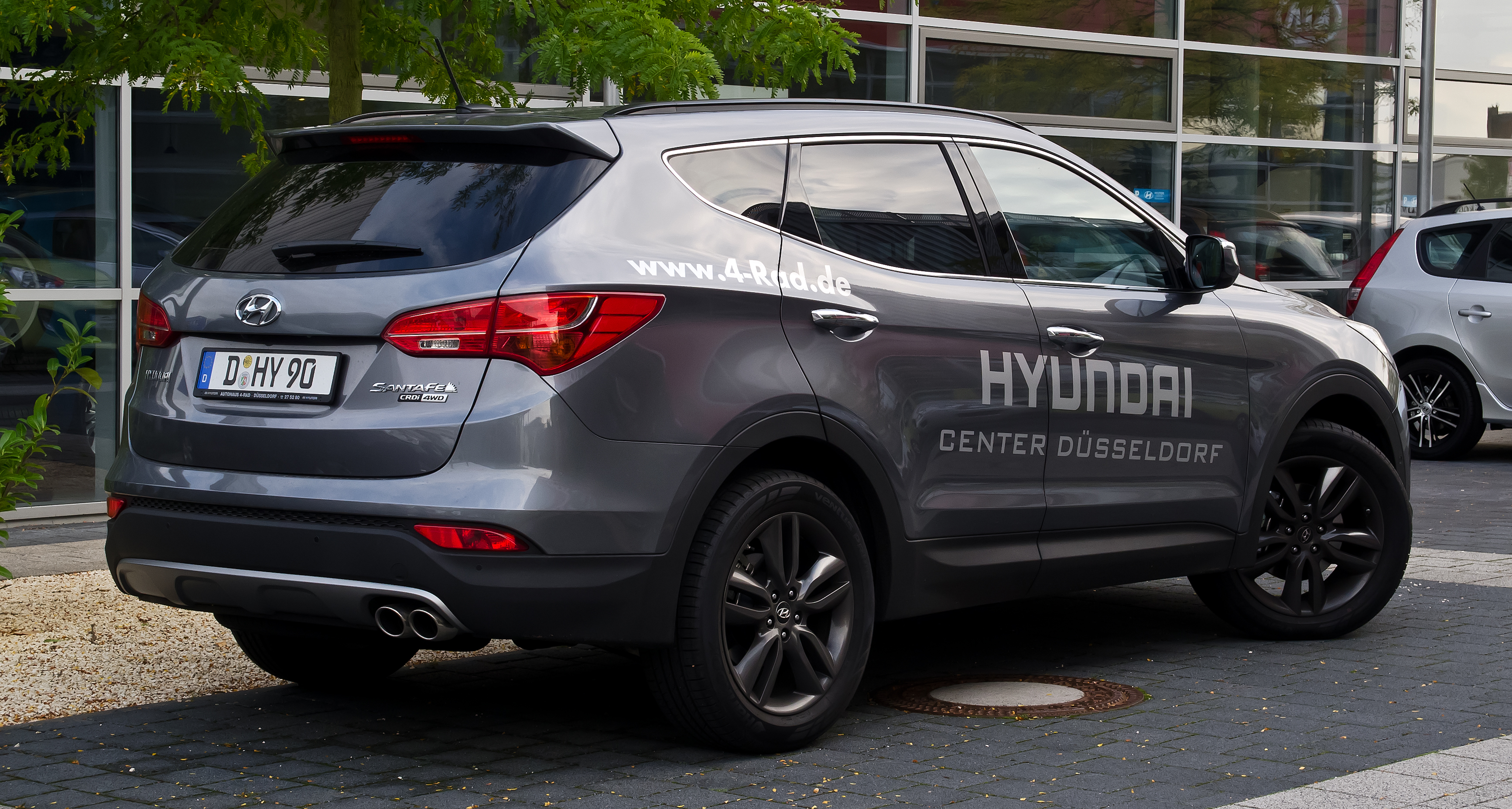 Hyundai Santa Fe 2.2 2012 photo - 2