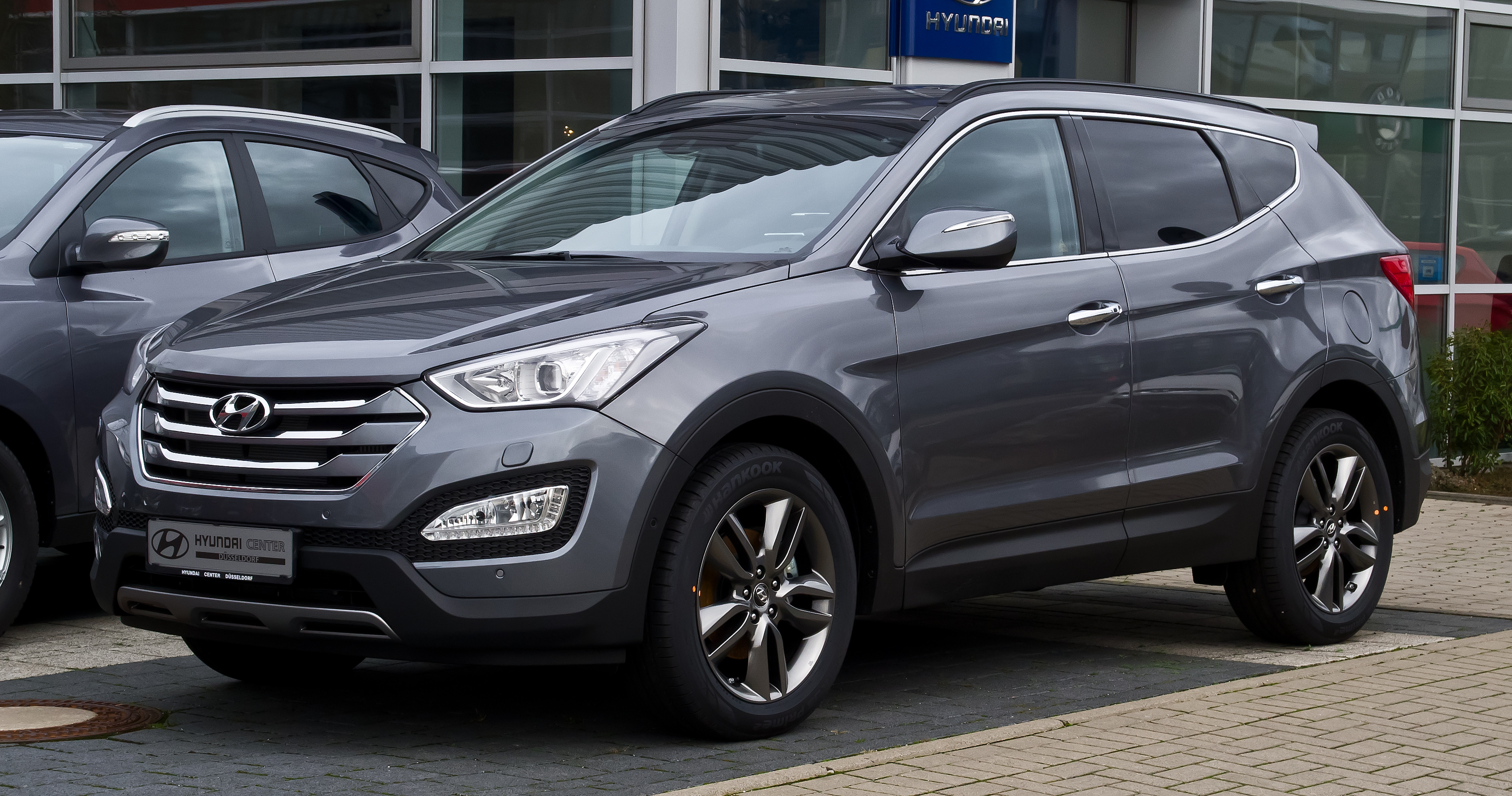 Hyundai Santa Fe 2.2 2012 photo - 4