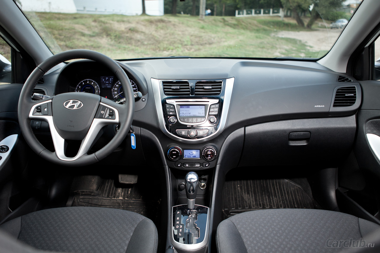 Hyundai Solaris 1.6 2012 photo - 3