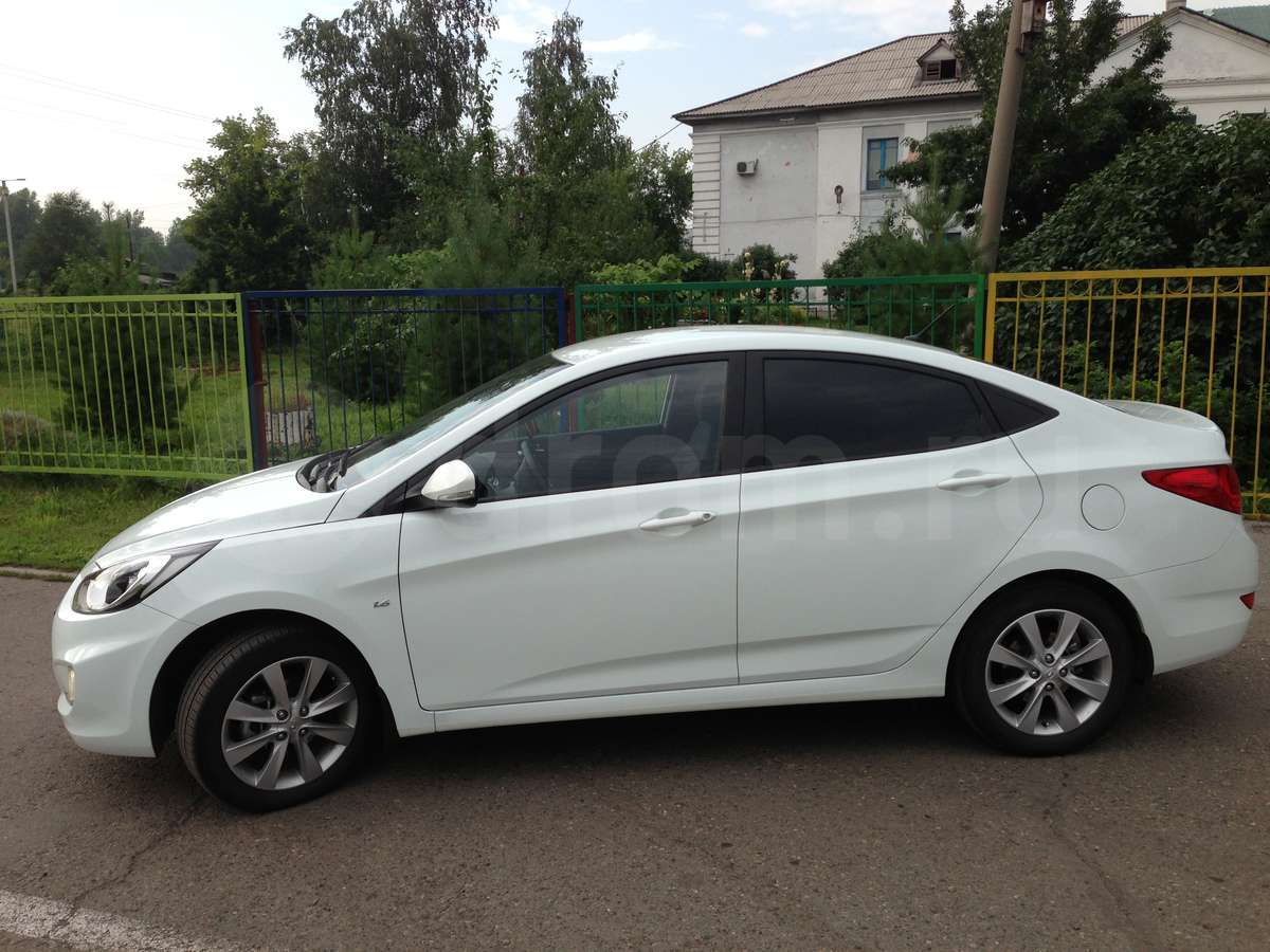 Hyundai Solaris 1.6 2012 photo - 7