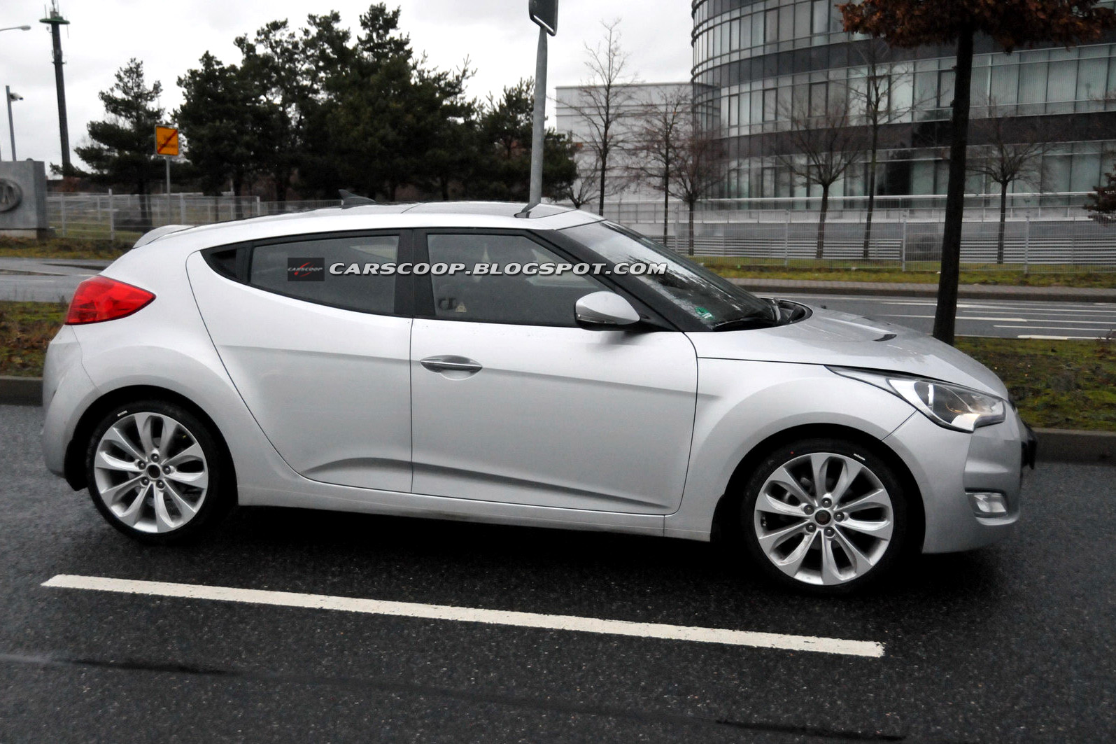Hyundai Veloster 1.6 2012 photo - 4