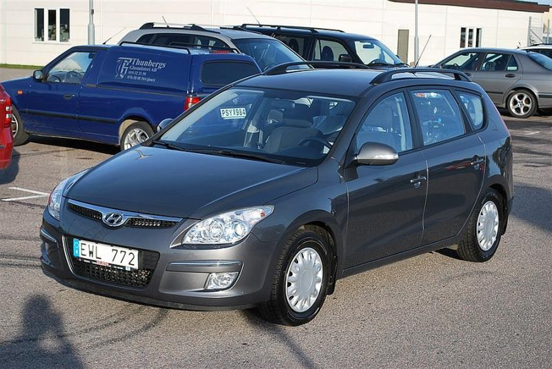 Hyundai i30 1.6 2008 photo - 11