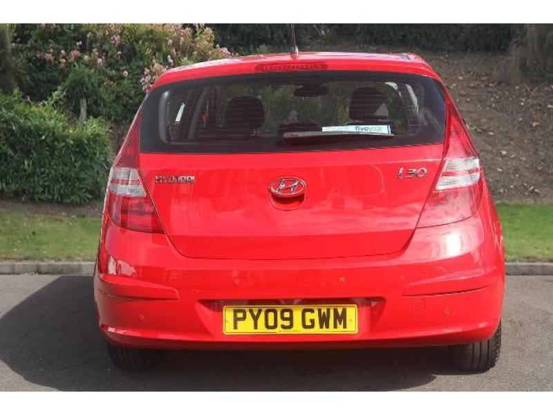 Hyundai i30 1.6 2009 photo - 11