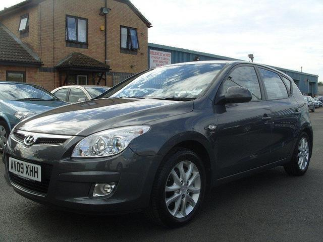 Hyundai i30 1.6 2009 photo - 2