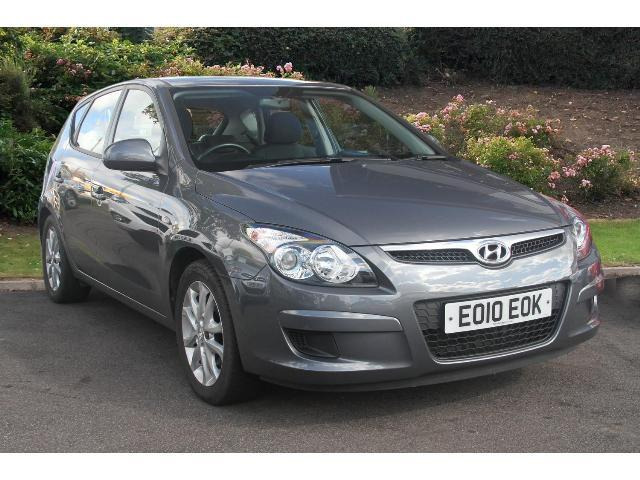 Hyundai i30 1.6 2010 photo - 5
