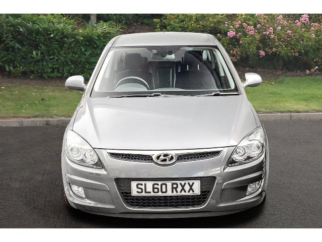 Hyundai i30 1.6 2010 photo - 7