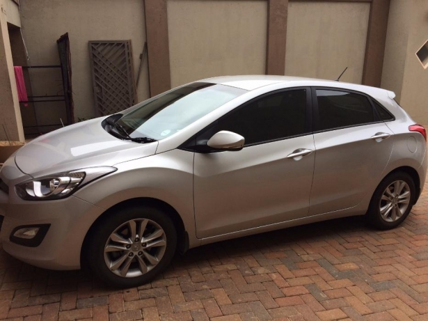 Hyundai i30 1.6 2013 photo - 2