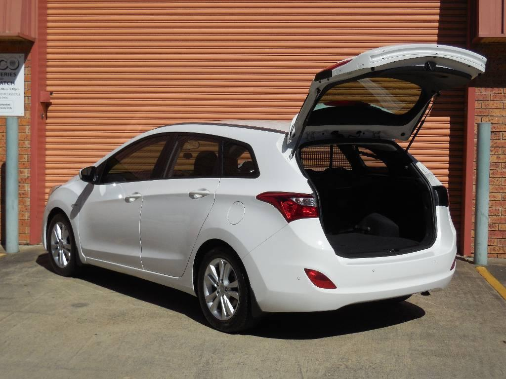Hyundai i30 1.6 2013 photo - 6