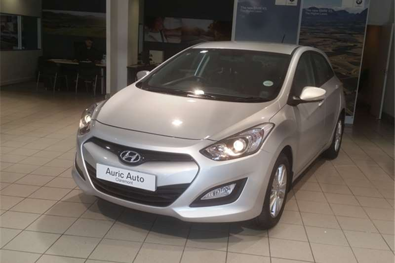 Hyundai i30 1.6 2013 photo - 8