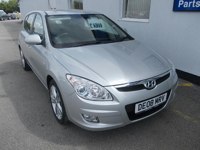 Hyundai i30 2.0 2008 photo - 4