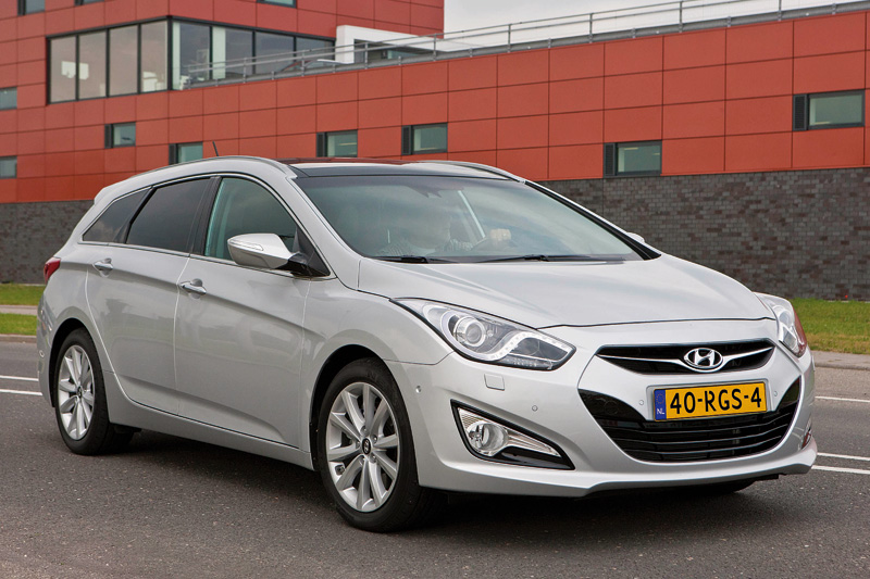 Hyundai i40 1.6 2011 photo - 9