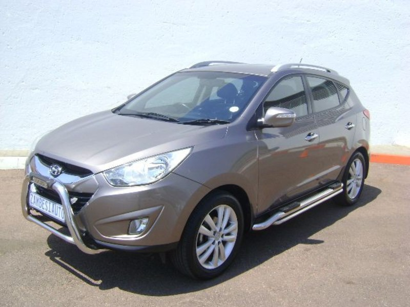 Hyundai ix35 2.0 2011 photo - 1