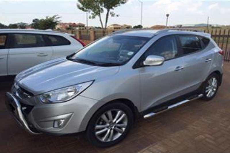 Hyundai ix35 2.0 2011 photo - 8