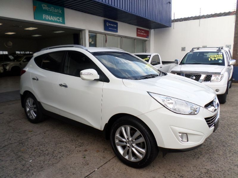 Hyundai ix35 2.0 2012 photo - 10