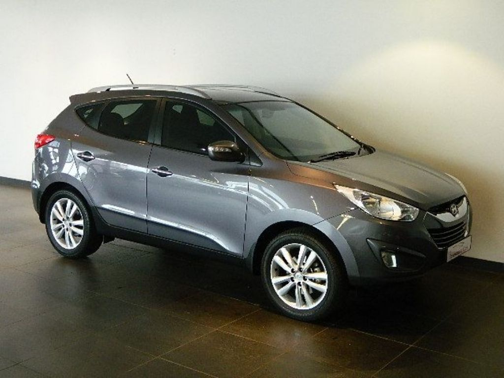 Hyundai ix35 2.0 2012 photo - 4
