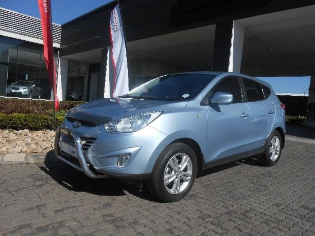 Hyundai ix35 2.0 2012 photo - 5