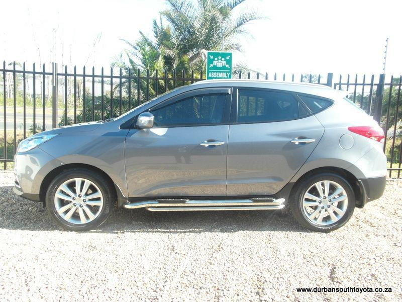 Hyundai ix35 2.0 2013 photo - 12