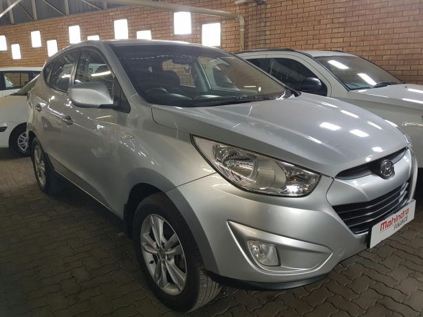 Hyundai ix35 2.0 2013 photo - 4