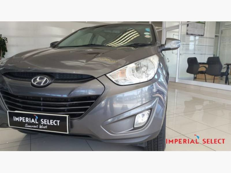 Hyundai ix35 2.0 2013 photo - 9