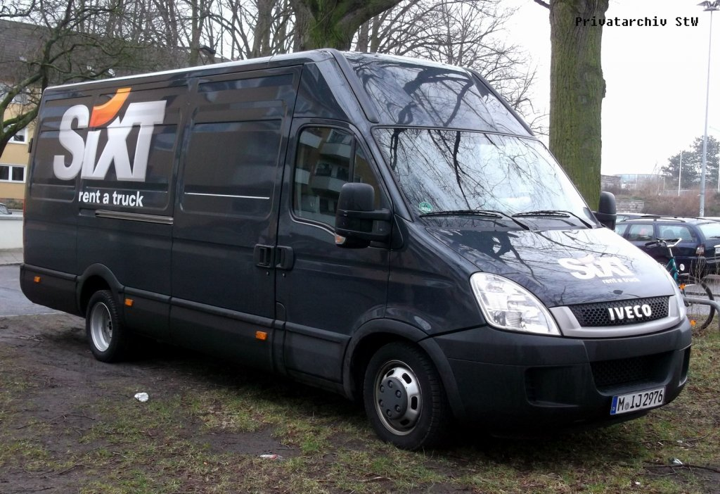 IVECO Daily 2.3 2012 photo - 1