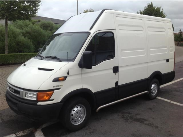 IVECO Daily 2.3 2013 photo - 12