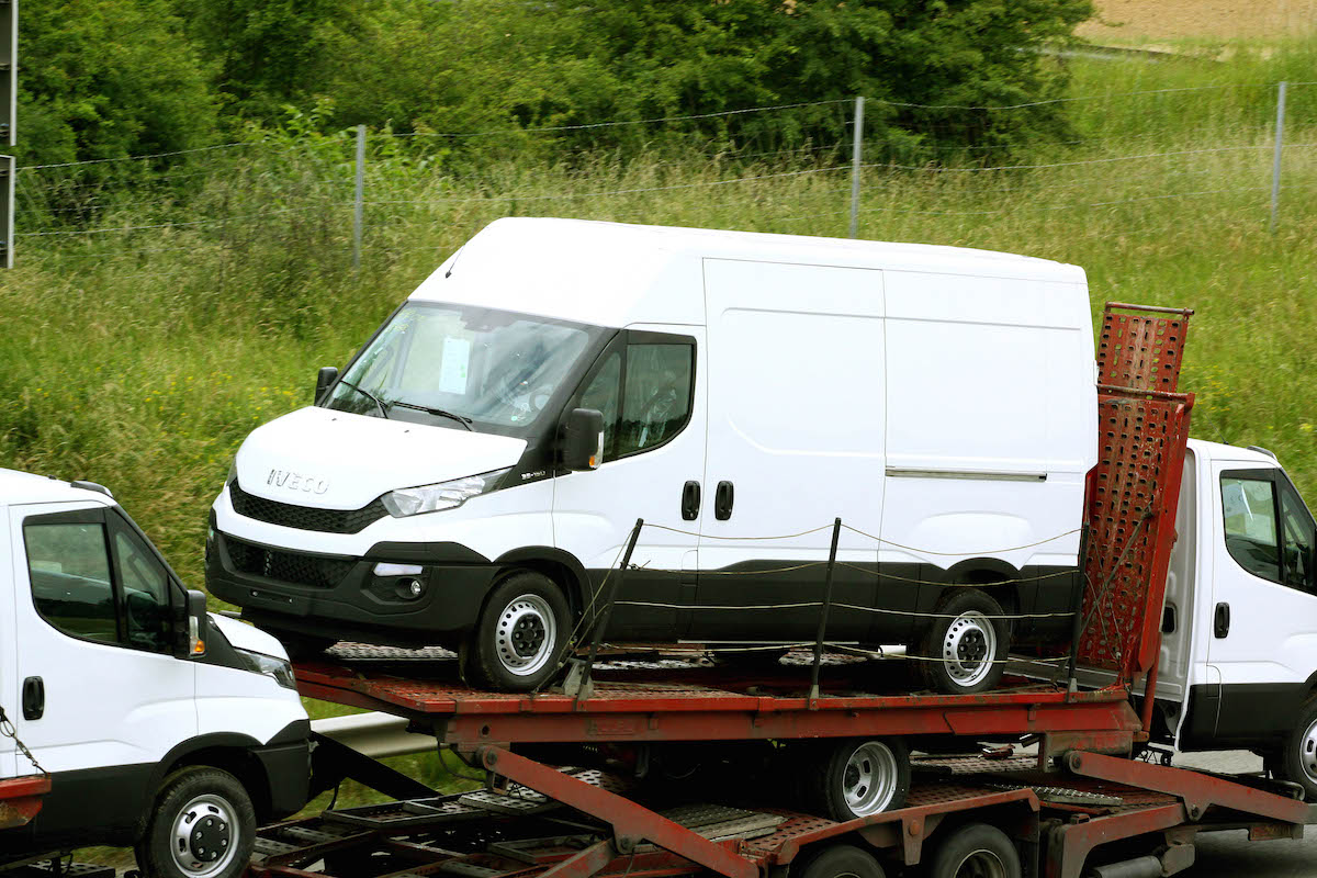 IVECO Daily 2.3 2014 photo - 10