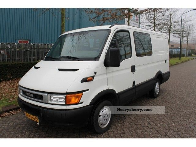 IVECO Daily 2.3 2014 photo - 11