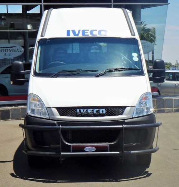 IVECO Daily 3.0 2013 photo - 1