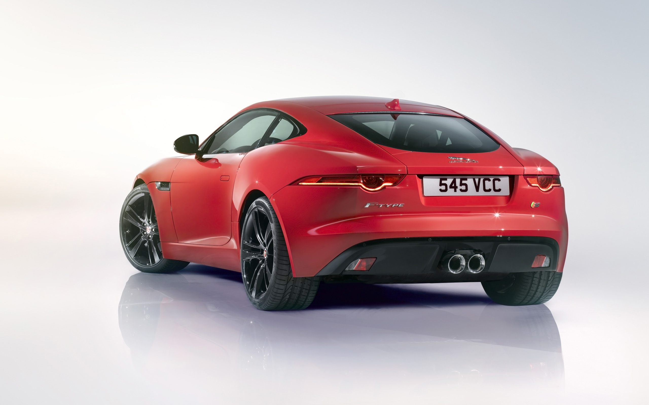 Jaguar F-Type R 2014 photo - 10