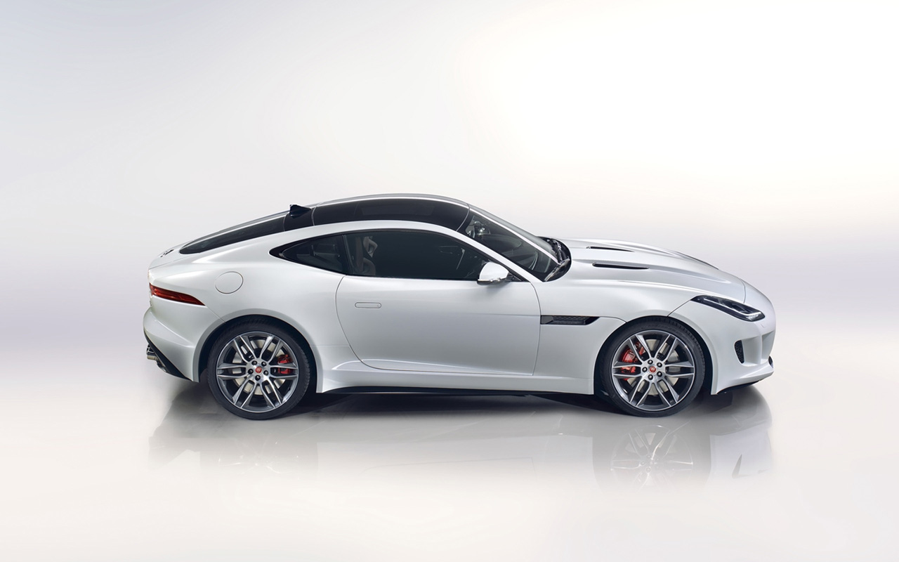 Jaguar F-Type R 2014 photo - 4