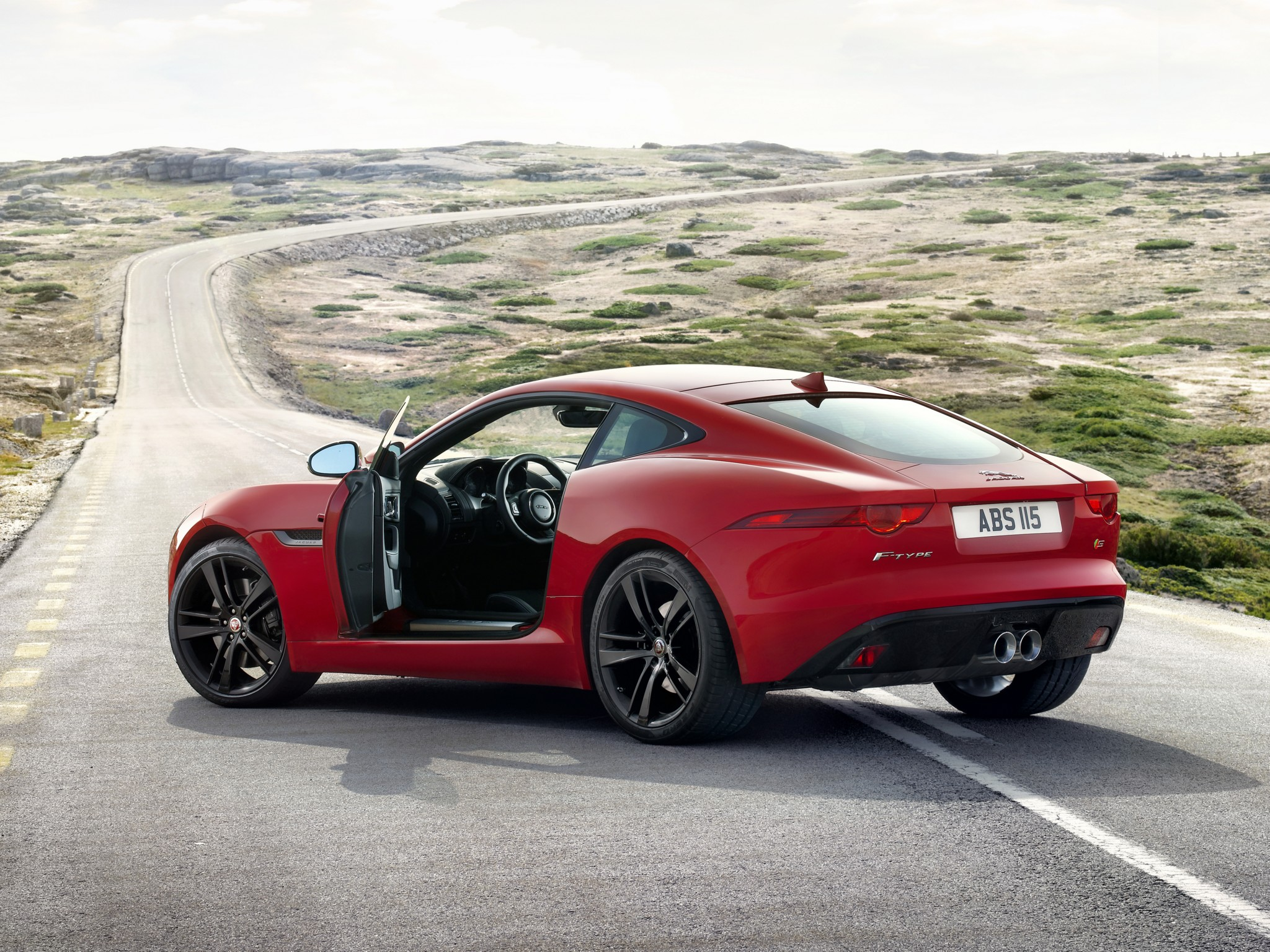 Jaguar F-Type S 2014 photo - 1