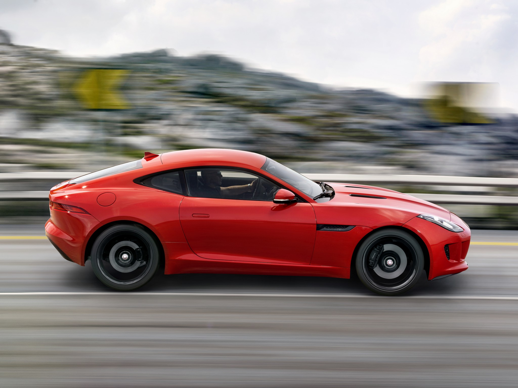 Jaguar F-Type S 2014 photo - 10