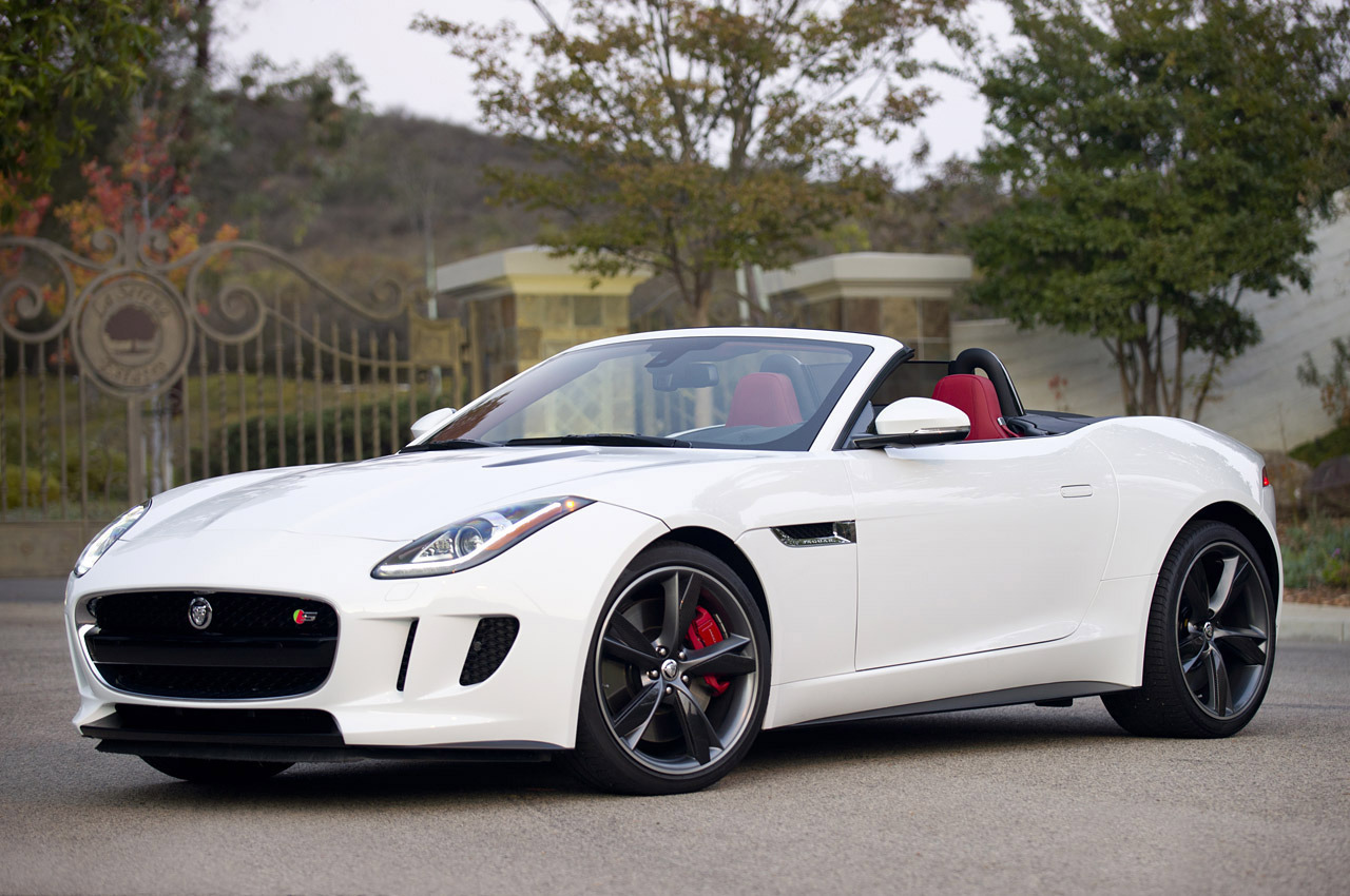Jaguar F-Type S 2014 photo - 2