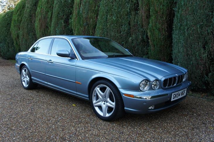 Jaguar XJ 4.2 2004 photo - 10