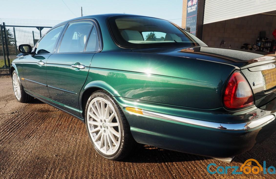 Jaguar XJ 4.2 2004 photo - 5