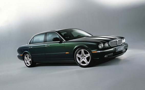 Jaguar XJ 4.2 2004 photo - 6