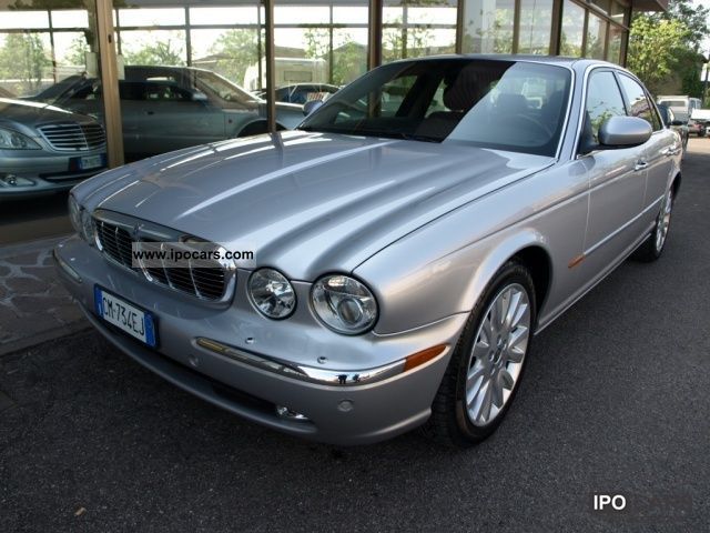 Jaguar XJ 4.2 2004 photo - 8