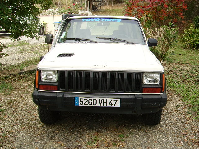 Jeep Cherokee 2.1 1988 photo - 1