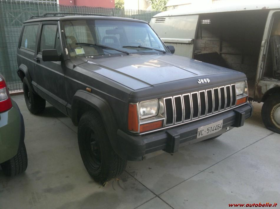 Jeep Cherokee 2.1 1988 photo - 12