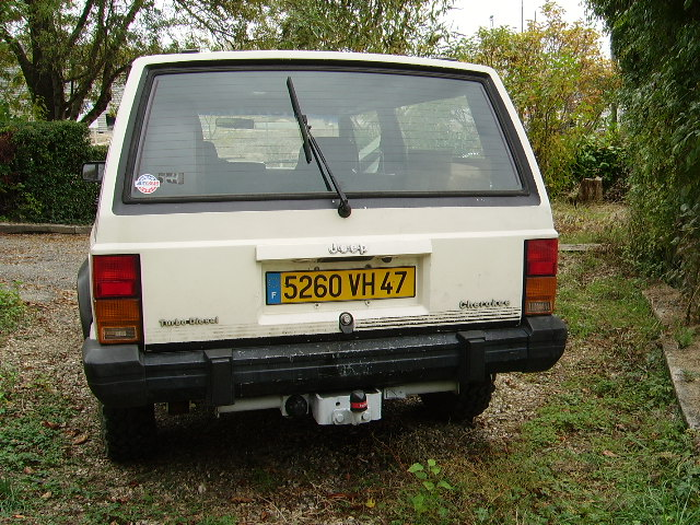 Jeep Cherokee 2.1 1988 photo - 5