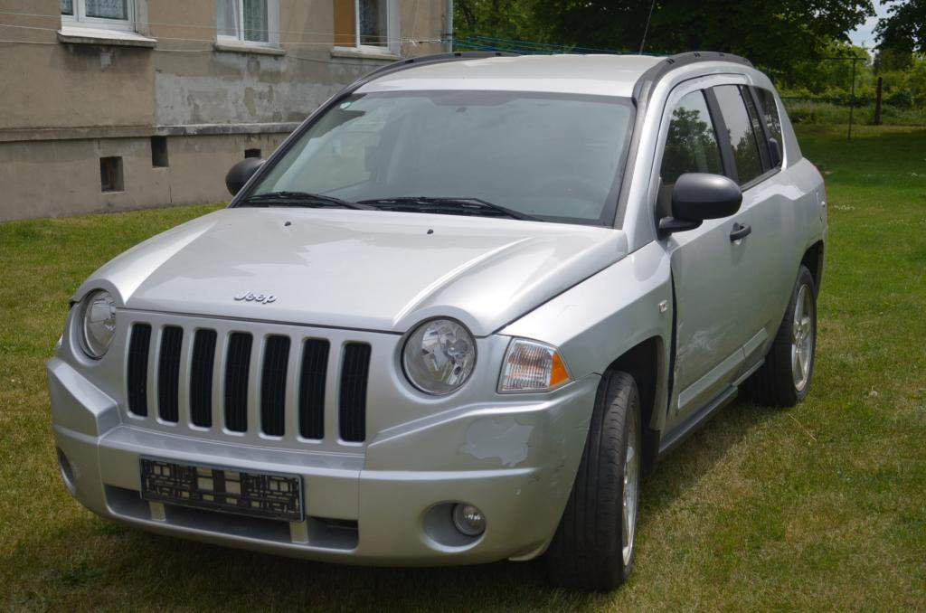 Jeep Cherokee 2.4 2007 photo - 3