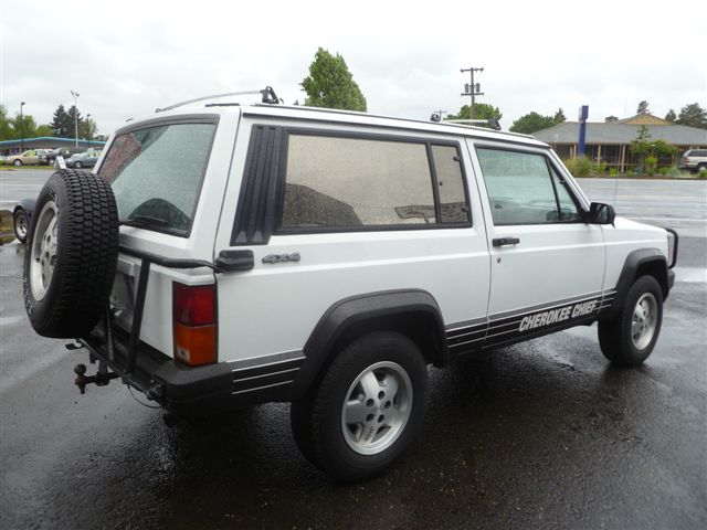 Jeep Cherokee 4.0 1988 photo - 11