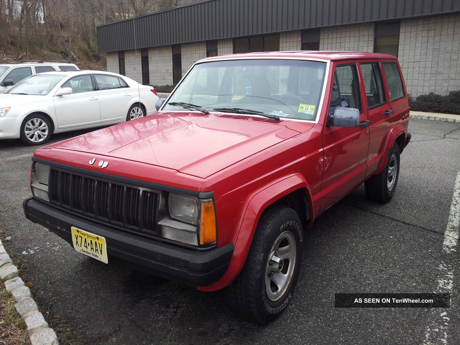 Jeep Cherokee 4.0 1988 photo - 6