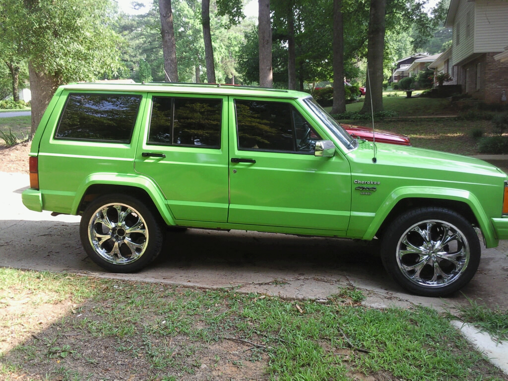 Jeep Cherokee 4.0 1990 photo - 11