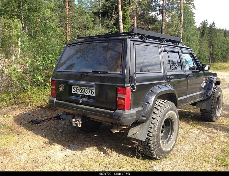 Jeep Cherokee 4.0 1990 photo - 9