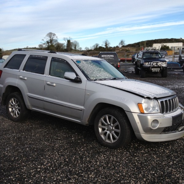 Jeep Grand Cherokee 3.0 2006 photo - 2